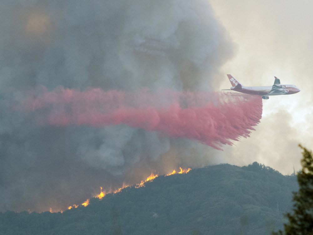 A 747 tanker on the Holy Fire in the Santa Ana Mountains